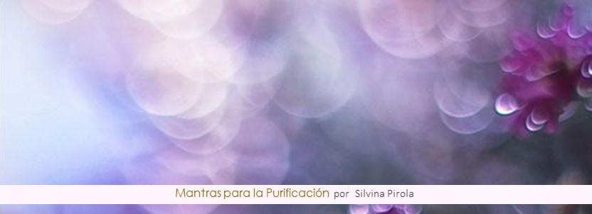 Recita mantras para la purificación